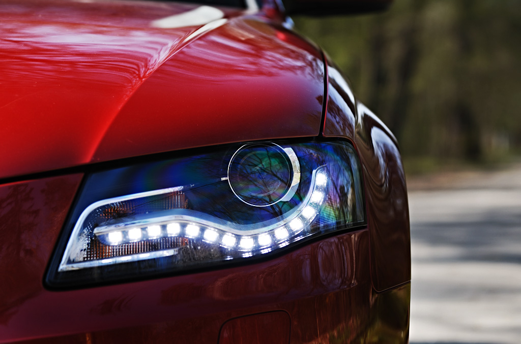 Halogen Headlights vs Xenon Headlights