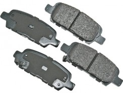 Akebono ACT905 ProACT Ultra-Premium Ceramic Brake Pad Set
