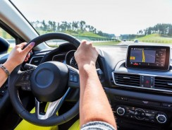 5 Best GPS Navigator to Buy for Automobiles in 2018