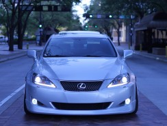 Lexus is 250 Headlights Bulbs