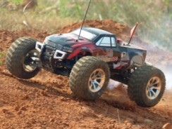 7 Best RC Cars to Buy in 2018